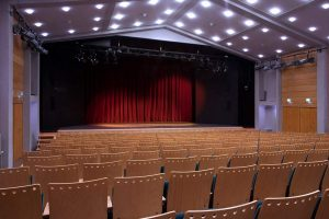 ammer---pic_theater3